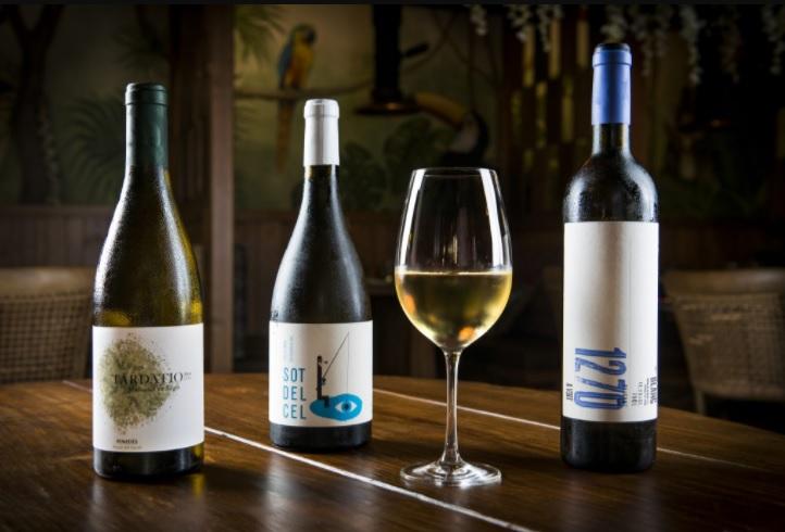 Vinos Blancos de la carta de la Selva barcelona